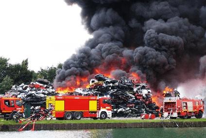 Eine Ursache für eine Betriebsunterbrechung kann ein Feuerschaden sein.